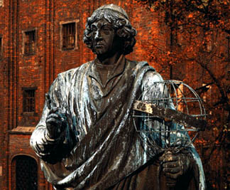 nicholas copernicus cosmos Nicholas copernicus' cosmos nicholas copernicus was a polish cosmologist born in the year 1470 copernicus had always been an intelligent, and very well rounded person.